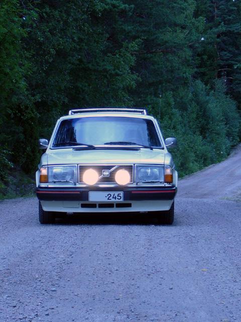 Volvo 245 California (FuncCrew) Tontti2