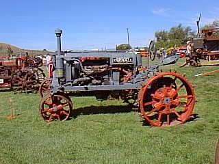 J'aime les tracteurs ... Ag17_008