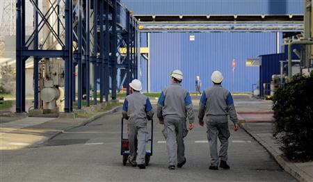 Le manque de compétitivité est le «défi majeur» de l'économie française (FMI) 2012-11-05T141046Z_1_APAE8A413E100_RTROPTP_2_OFRBS-FRANCE-FMI-20121105