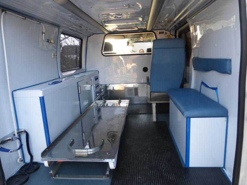 [MK6] aménagement de mon ambulance 1394646962_P1010383