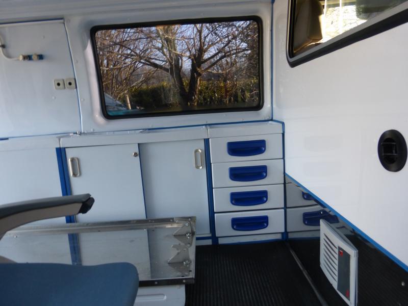 [MK6] aménagement de mon ambulance 1394647091_P1010384