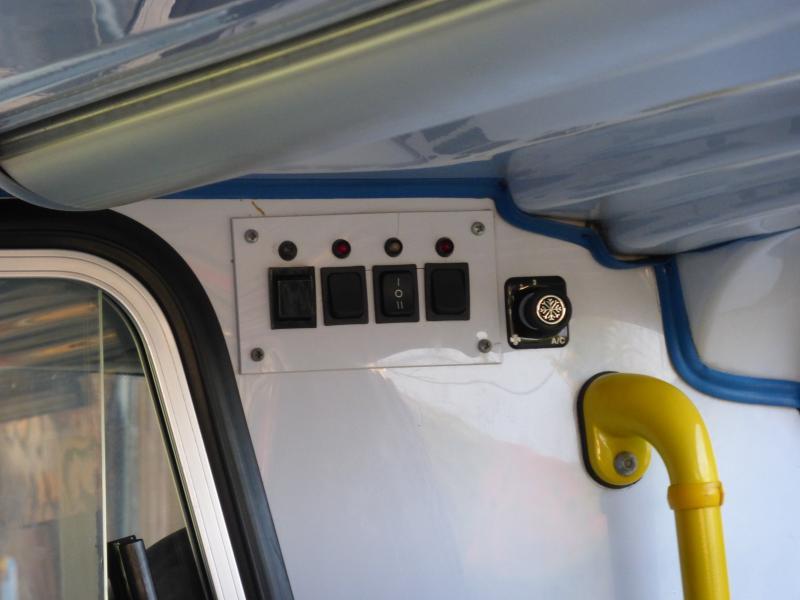 [MK6] aménagement de mon ambulance 1394647430_P1010387