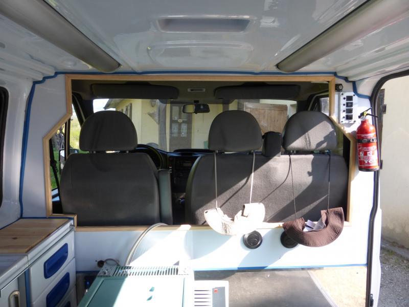 [MK6] aménagement de mon ambulance 1397488901_P1010463