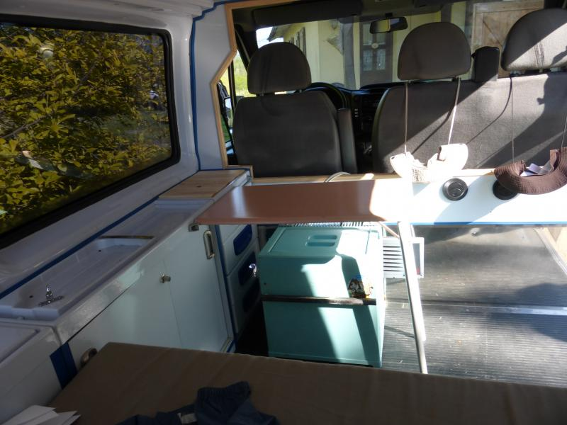 [MK6] aménagement de mon ambulance 1397489205_P1010465