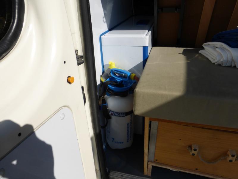 [MK6] aménagement de mon ambulance 1397489887_P1010473