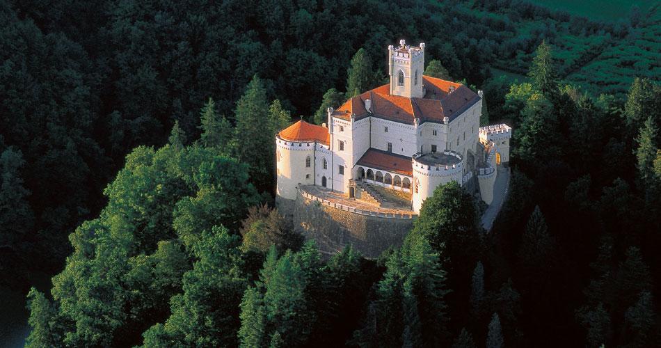 Dvorci koje verovatno nikada nećete posedovati - Page 4 Slide1