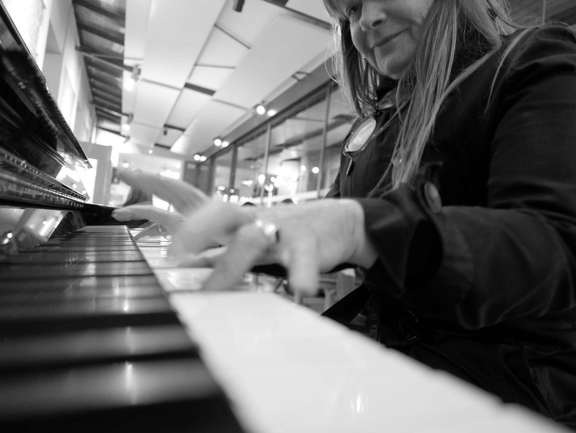 la pianiste P1030878