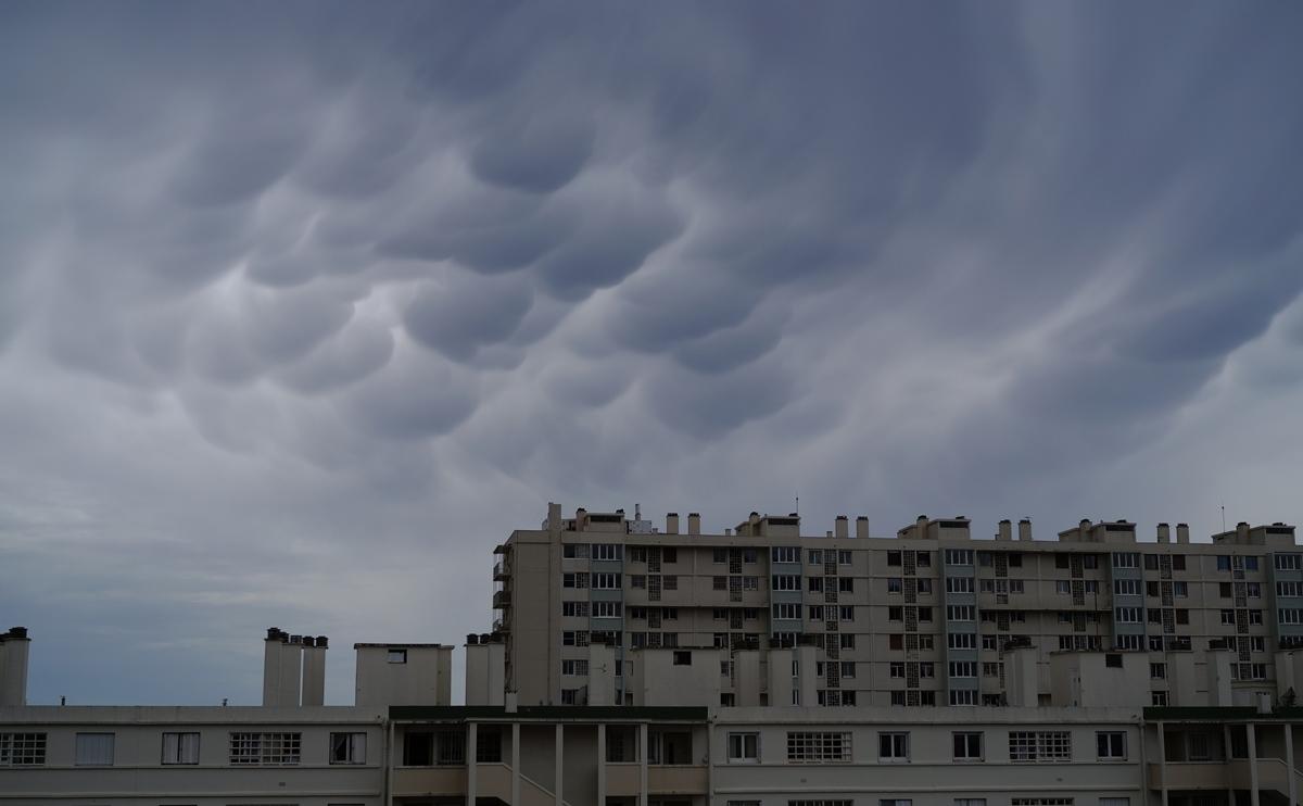 Aujourd'hui grêle .. hier les nuages SDIM0989
