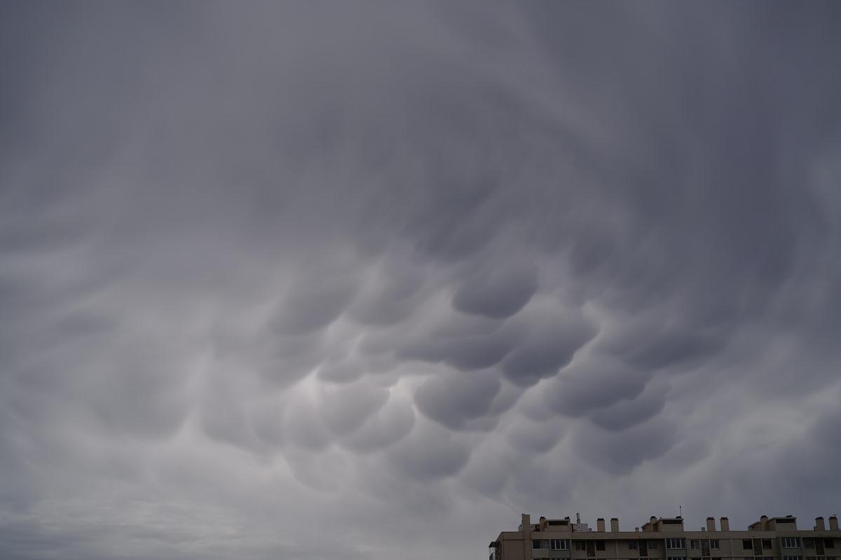 Aujourd'hui grêle .. hier les nuages SDIM0993