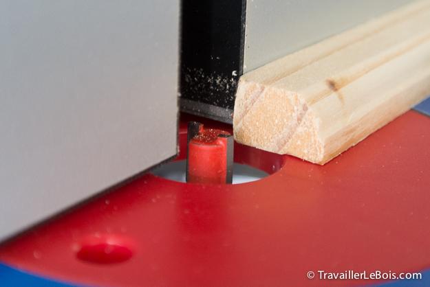 Premiers essais avec une défonceuse sous table Table-kreg-defonceuse-triton-79