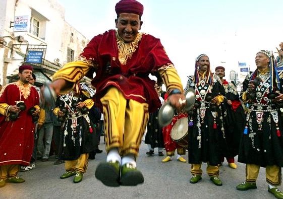 Maroko - Page 3 Gnaoua-Festival-Musician