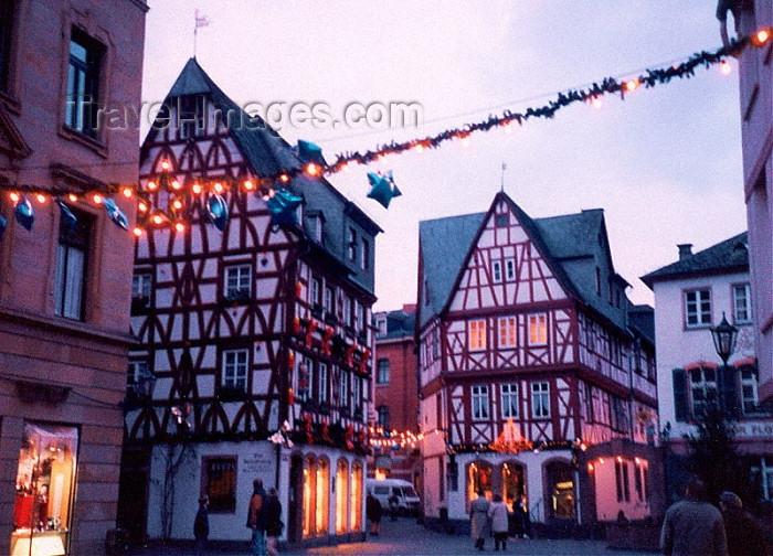 Par ordre alphabétique, des villes et des villages . - Page 40 Germany4