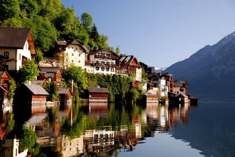 Evropska sela koja morate da posetite WebsitePicture-hallstatt-roemisches-haeuser-fruehling-c-kraft-01