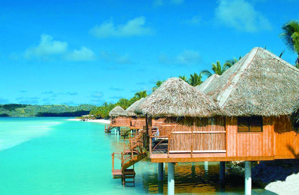 Kukova ostrva  Overwater-bungalow-6135