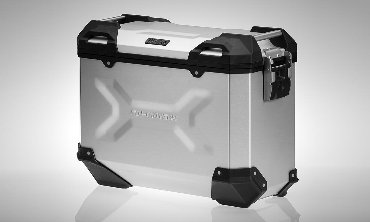 Valises pour tiger 800 Trax-adventure-ergonomic-design-slider_1
