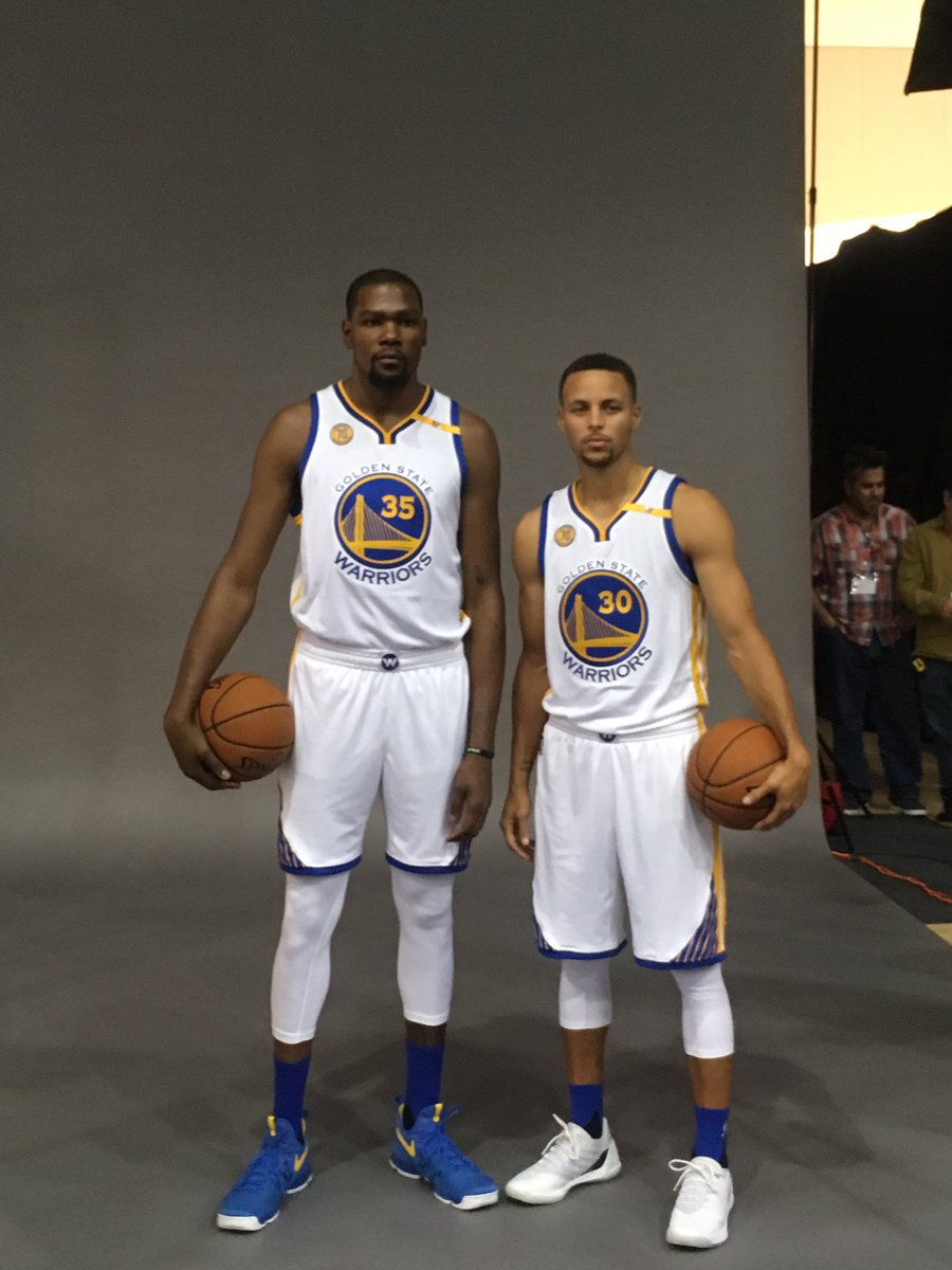 ¿Cuánto mide Kevin Durant? - Altura real: 2,08 - Real height Steph-and-KD