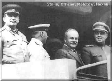 Enver Hoxha dhe partizanet e tij.... - Faqe 2 Stalini_oficeri_malotow_dhe_enver_hoxha