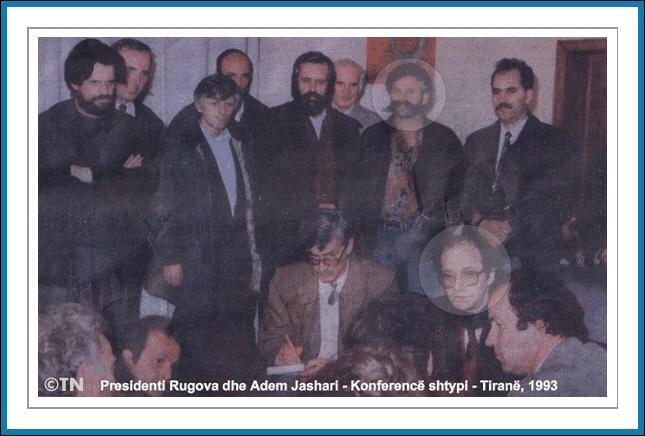 Legjenda Adem Jashari Adem_jashari_rugova1993_1