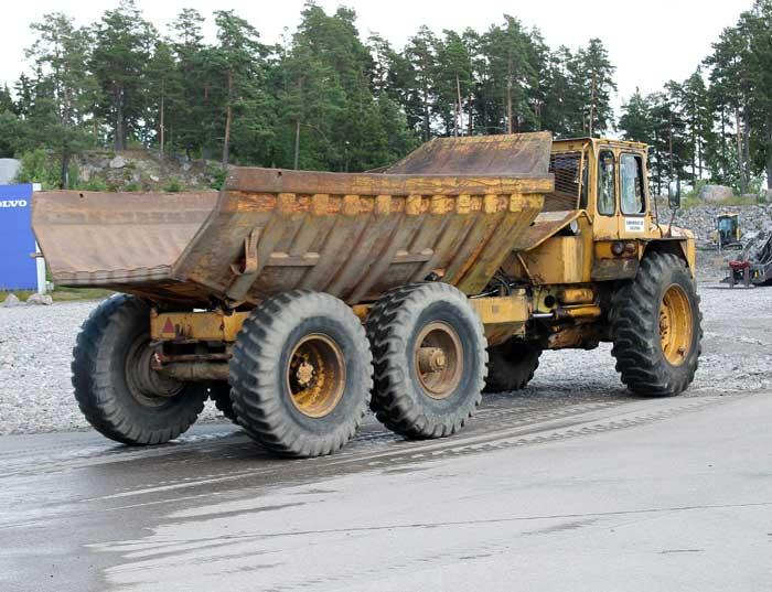 vecchi caricatori gommati serie Volvo LM 846 (L50) (L70) VolvoDR860LJ03