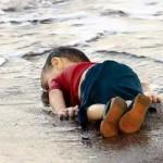 En poésie, la parole est libre - Page 6 Enfant-syrien-%C3%A9chou%C3%A9-en-mer-150x150