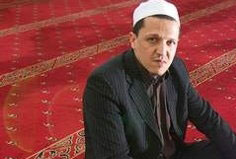 Des imams rencontrent le Pape Francois Imam3