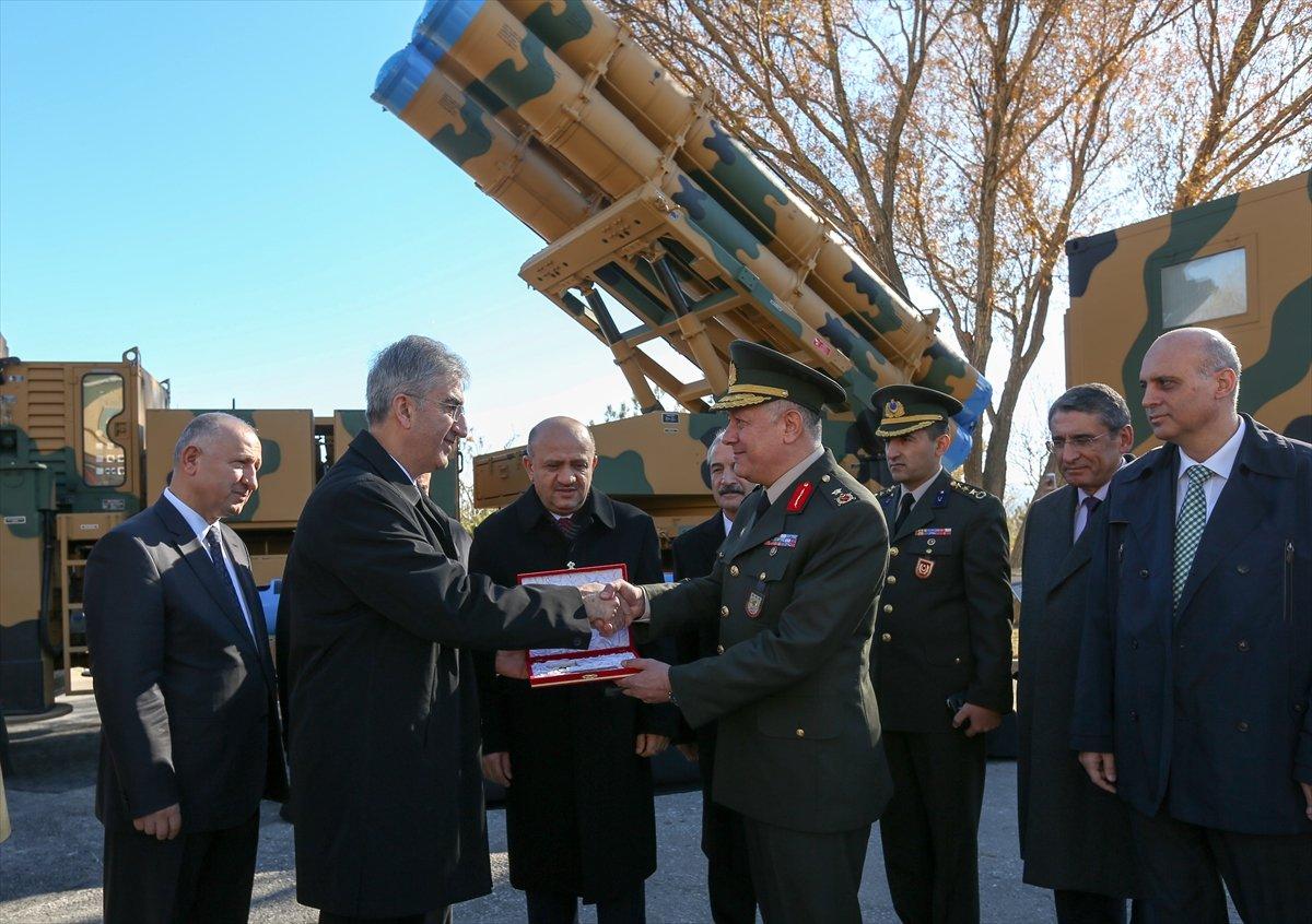 تركيا تتسلم رسميا اول دفعه من الصواريخ الموجهه عيار 302ملم  من شركة roketsan التركية 20161118_2_20206883_16148473_web