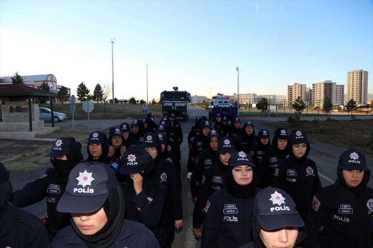 تركيا تجري تدريبات للشرطيات الأفغانيات 20161125_2_20326762_16362545_web