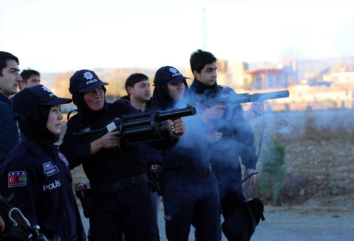 تركيا تجري تدريبات للشرطيات الأفغانيات 20161125_2_20326762_16362546_web