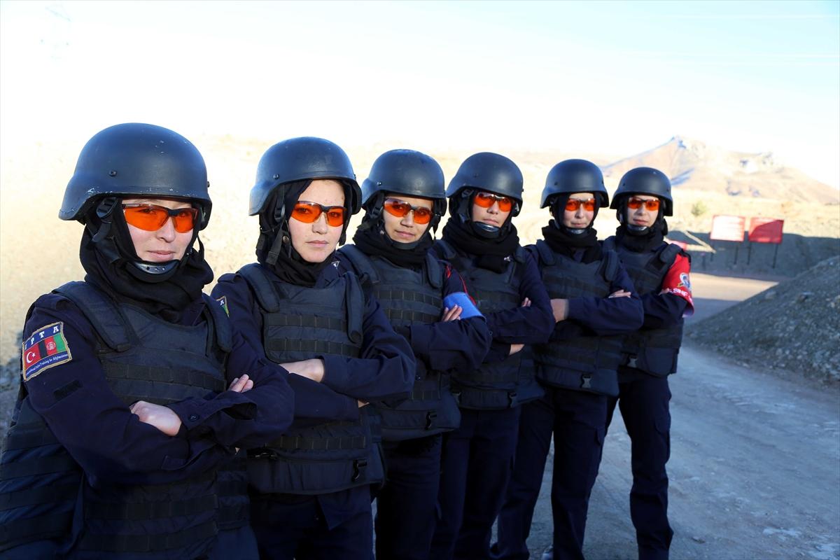 تركيا تجري تدريبات للشرطيات الأفغانيات 20161125_2_20326762_16362553_web
