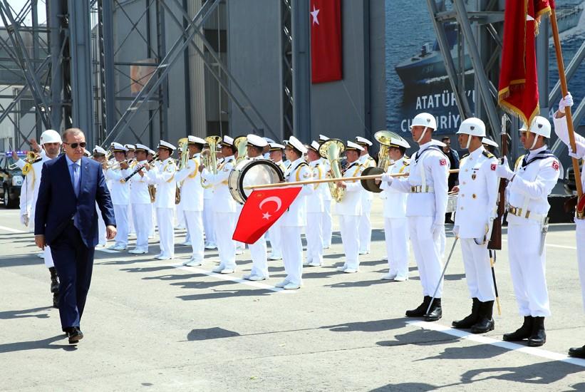 أردوغان يشارك في حفل إنزال الكورفيت المحلي الصنع TCG Kınalıada Ada-class 2017-07-03-gemi-04