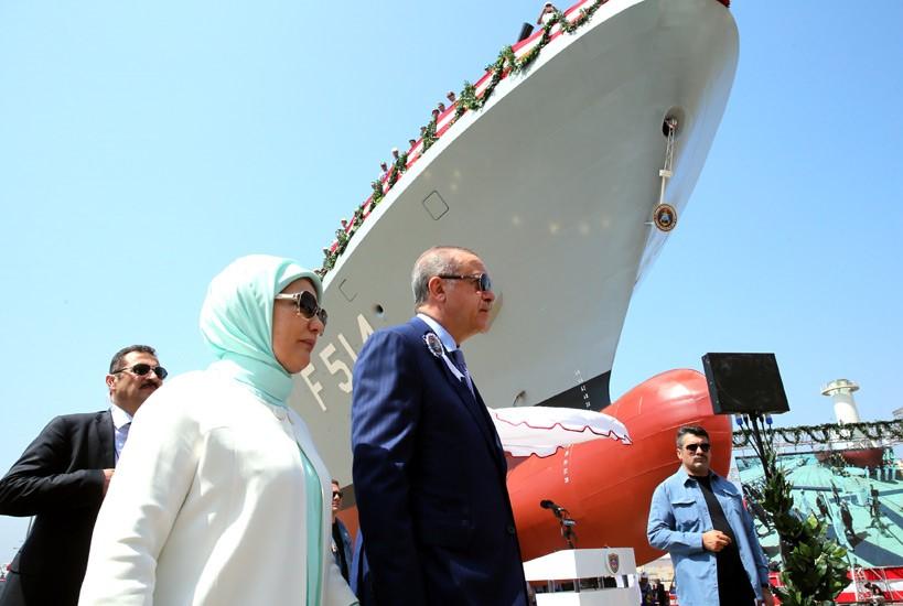 أردوغان يشارك في حفل إنزال الكورفيت المحلي الصنع TCG Kınalıada Ada-class 2017-07-03-gemi-07