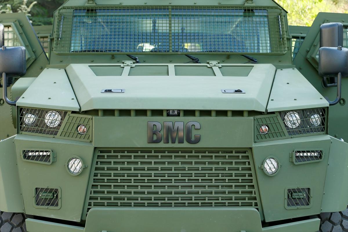 """شركة تركية لتصنيع الأسلحة تطرح عربة مصفحة جديدة في معرض """"الصناعات الدفاعية بإسطنبول"""" 20170509_2_23556749_21875221_web"""