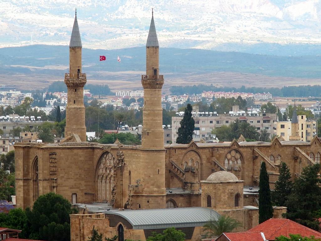 غيرنة ملاذ سياحي هادئ في شمال قبرص التركية 99_0