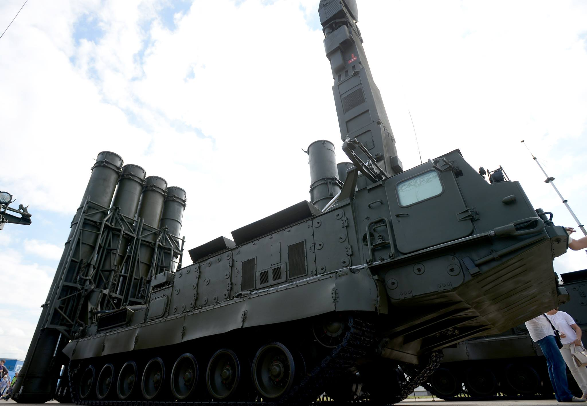 اتمام صفقة بيع منظومات S-400 الروسيه الى تركيا  20138135_1487356501326852_1677526959_o