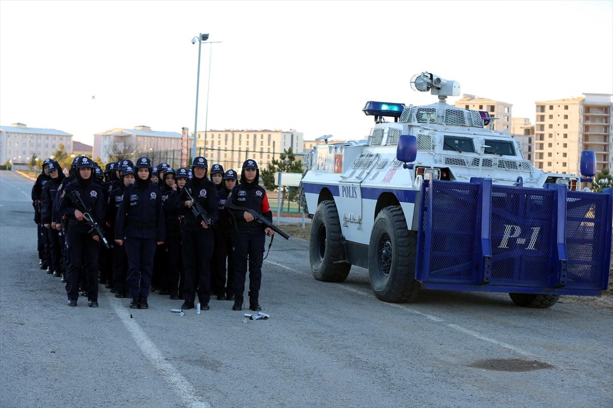 تركيا تجري تدريبات للشرطيات الأفغانيات 20161125_2_20326762_16362548_web