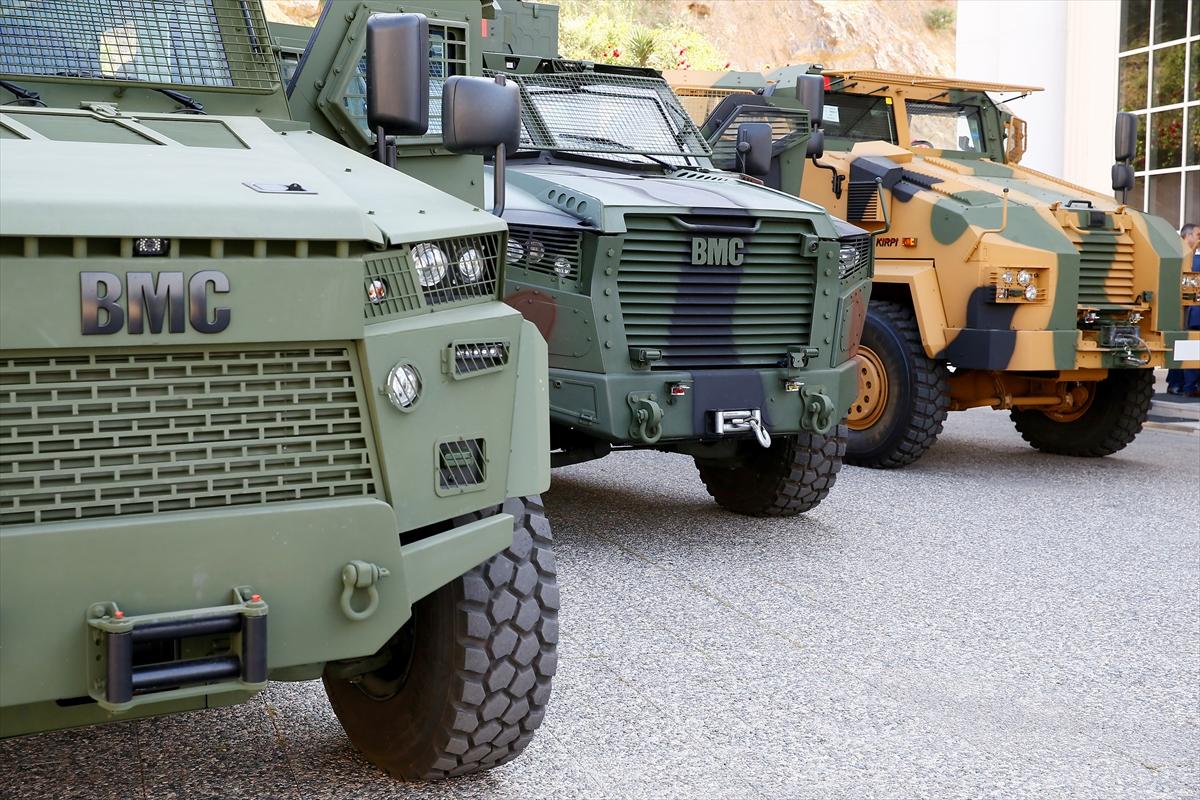 """شركة تركية لتصنيع الأسلحة تطرح عربة مصفحة جديدة في معرض """"الصناعات الدفاعية بإسطنبول"""" 20170509_2_23556749_21875223_web"""