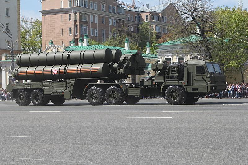 مركز أبحاث إسرائيلي: اعتبارات عسكرية وسياسية تحول دون بيع صواريخ إس 400 لتركيا S400