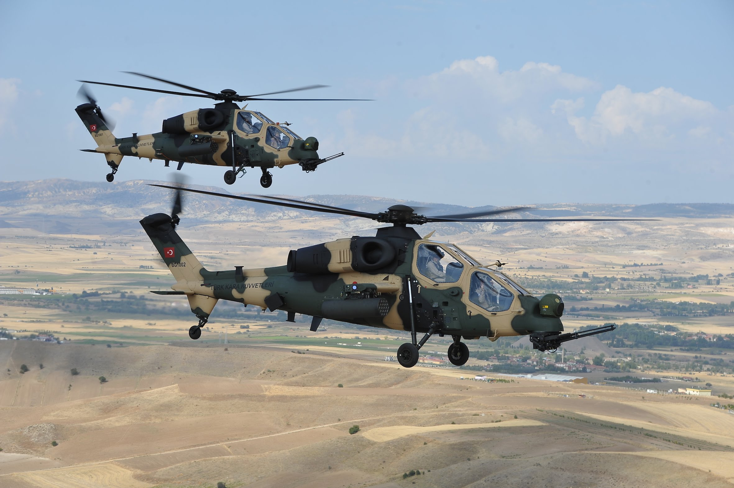 الطائرات التركية تلقى اهتماما كبيرا في معرض تايلاند للصناعات الدفاعية Maxresdefault_42