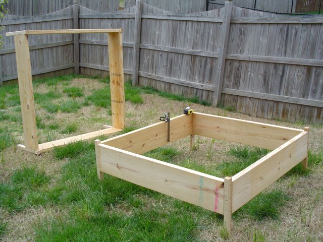 Building the garden and first year results. Building10small