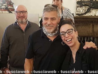 George in Tuscany Thumbs_George-Clooney-a-Viterbo2