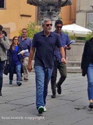 George Clooney back in Viterbo, Italy - 10 May 32153196_10216176168786222_7436895246375452672_n-300x403