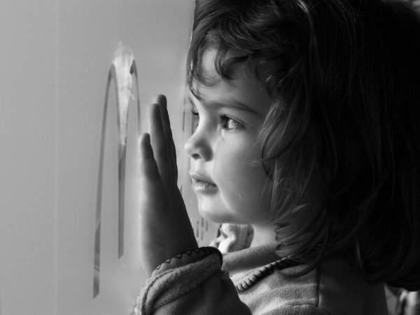 Mali Andjeli,  deca  su ukras sveta Devojcica
