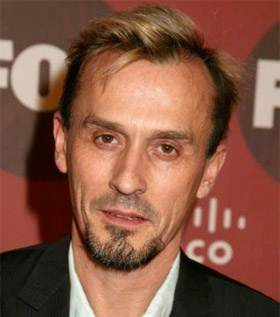 Look Alike - Page 4 Robert-knepper-heroes-samuel