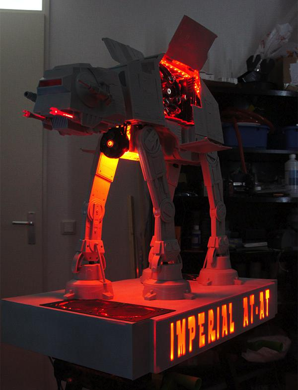 Star Wars - The Cool Weird Freaky Creepy Side of The Force - Page 4 At_at_pc_casemod_1