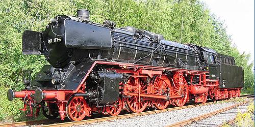 Zwei Pazifics der deutschen Bahnen: BR 01 und 03 01173