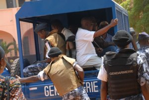 Togo. Soutien aux Togolais et à la démocratie Arton2307-ba31c