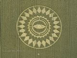 "Large ""Eye"" Crop Circle At Warwickshire England 2014 Tn_nettle_hill_ansty_warwickshire_16_08_14_137"