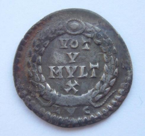 Les monnaies de Facebook 1332967416Hoard_coin_007