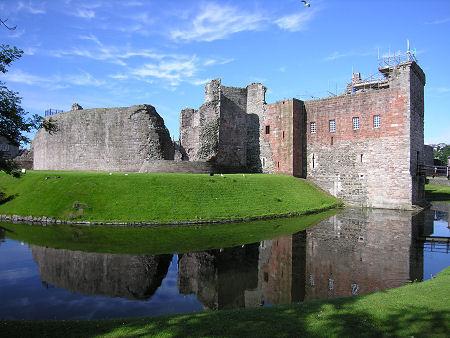 Elhagyott kastély Castle-450