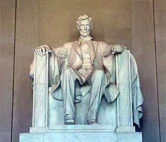 El origen del planeta de los simios (Agosto) Lincoln_statue